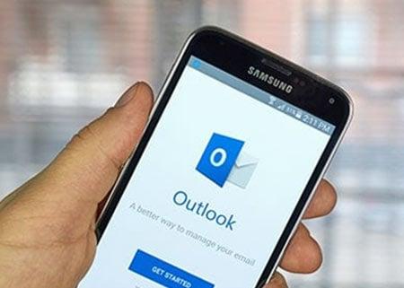 הוספת חתימה למייל באאוטלוק (Outlook)